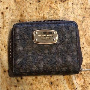 Michael Kors signature wallet NWOT